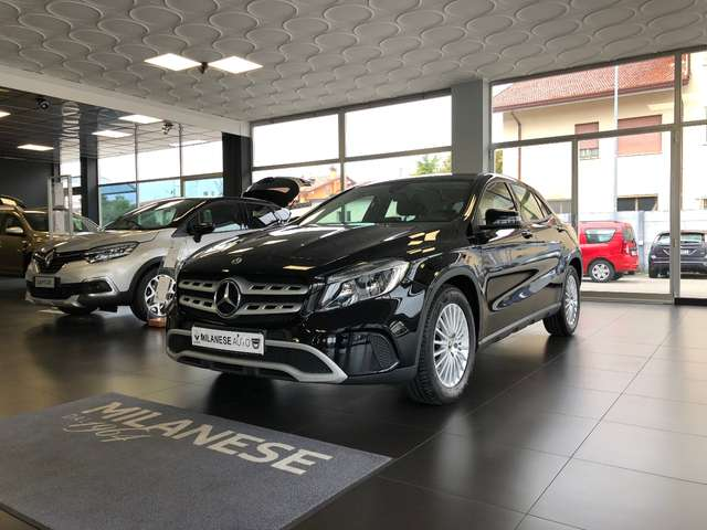 Mercedes-Benz GLA 180 d Business