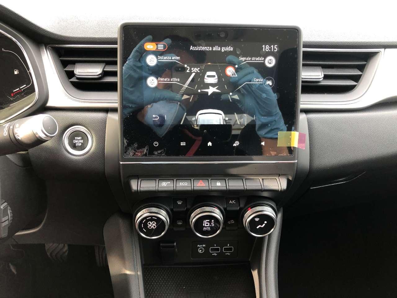 Renault Captur TCe 12V 100 CV Intens