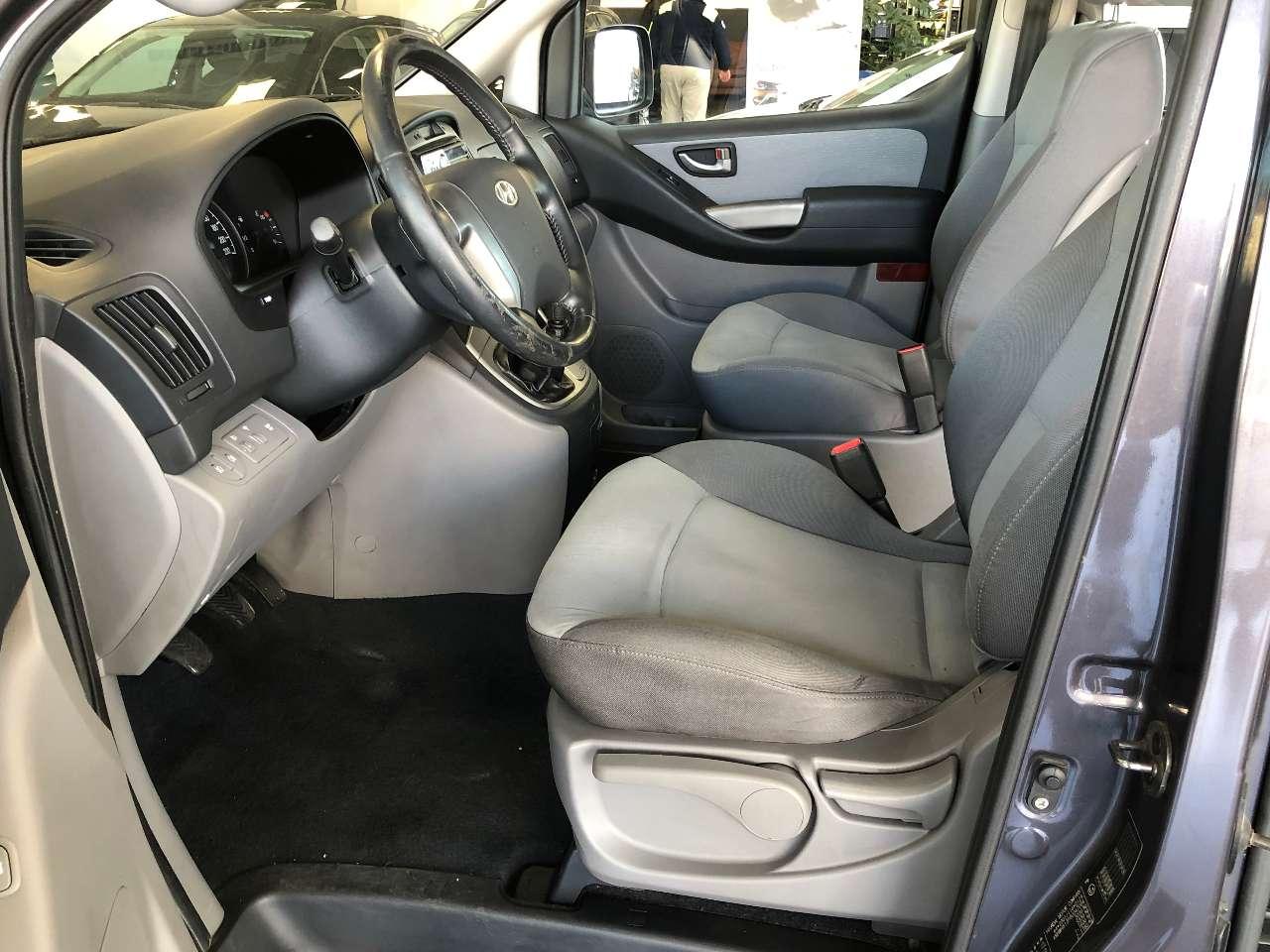 Hyundai H-1 H-1 2.5 TD SVX Comfort